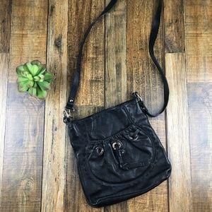 💕B Makowsky Leather Handbag Magnetic Snap Closure